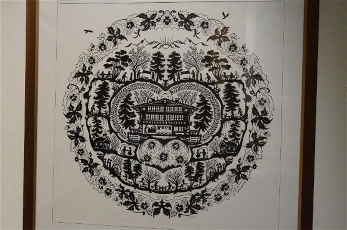 scherenschnittausstellung im galerie restaurant h sy blankenburg. Black Bedroom Furniture Sets. Home Design Ideas